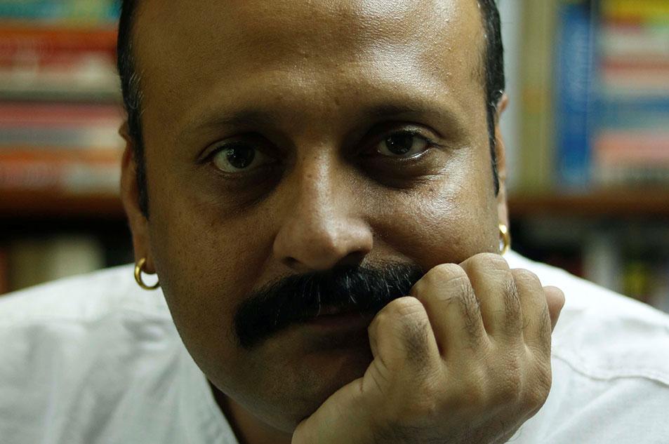 Dr Amit Kapoor